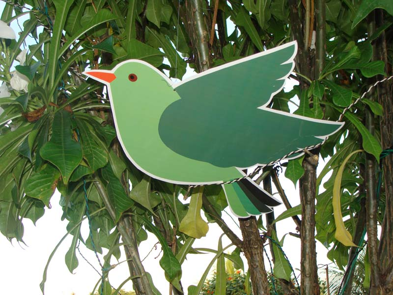 Green bird cutout