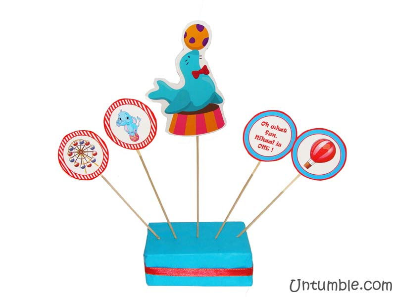 Circus Seal centerpiece