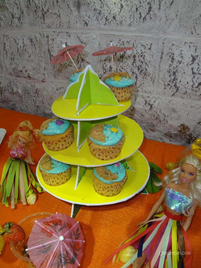 Hawaiian Party theme Cup cake stands