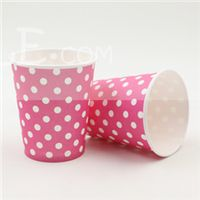 Pink & white polka paper cups